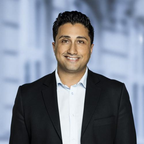 Araz Khan