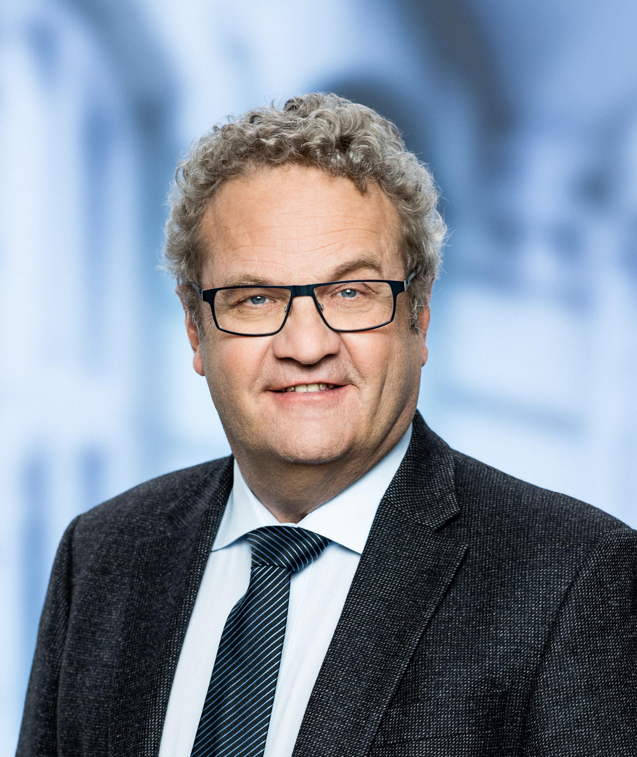 Portræt af Venstres retsordfører, Preben Bang Henriksen.